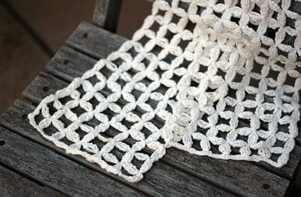 White linen/cotton crochet scarf