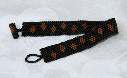 Dancing Diamonds Peyote Art Deco Style Beadwoven Bracelet
