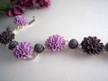 Delightful Dahlias Cabochon Bracelet