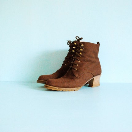 Vintage BRUNO MAGLI Lace-up Granny Boots