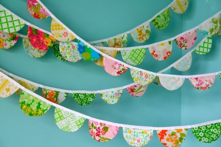 Vintage Scalloped Fabric Garland