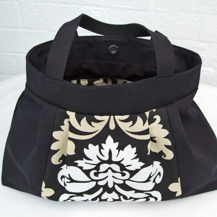 SALE - Pleated bag - Black damask