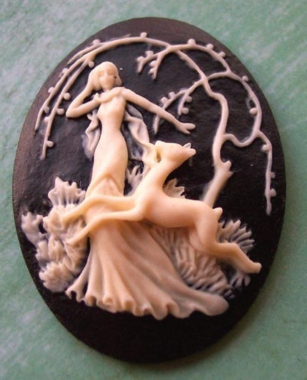 artemis greek goddess of moon. Artemis+greek+goddess+moon