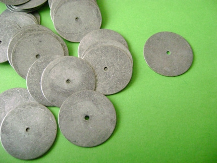 25 pcs. Antique Gunmetal Plated BRASS  One Hole Disc - lead free