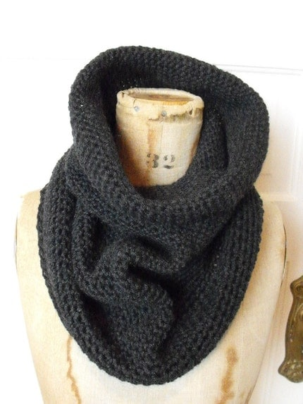 NOMAD cowl in sable