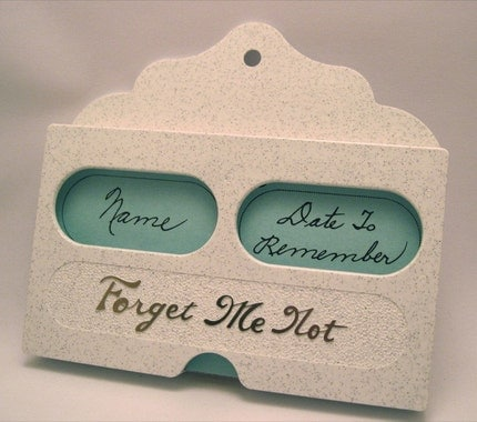 Vintage Forget-Me-Not Card File