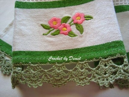 SET OF 2 KITCHEN TOWELS , GREEN,WHITE COLOR WITH CROCHET EDGE,NEW,TURKISHTEAM