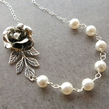 Victoria Rose Swarovski Pearl Necklace by luxedeluxe on Etsy from etsy.com