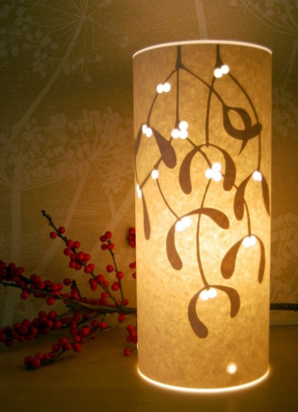 Mistletoe table lamp