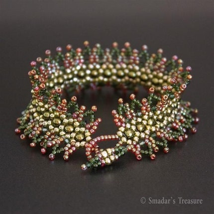 Spiky Leaves Red and Green Bracelet