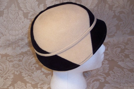 YIN AND YANG--VINTAGE SONNI BLACK AND CAMEL TAN CLOCHE HAT