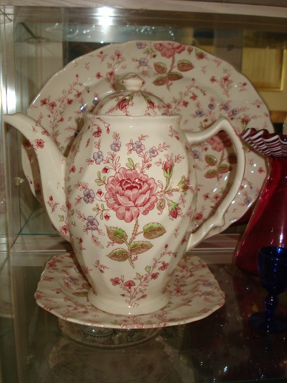 Vintage Rare Johnson Brothers Rose Chintz Coffee Pot Excellent Condition
