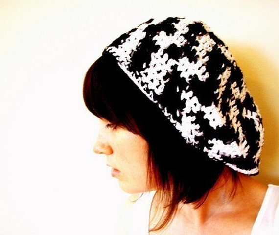 Softspoken Black and White Slouchy Cotton Beret