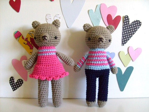 valentine love pairs............amigurumi teddy bear girl and boy, pink and blue, crocheted plushie dolls