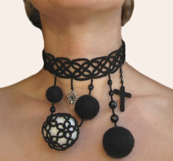 Neovictorian Vampire Tatted lace choker with Spider and Black Beaded Cross - LAST ONE AVAILABLE