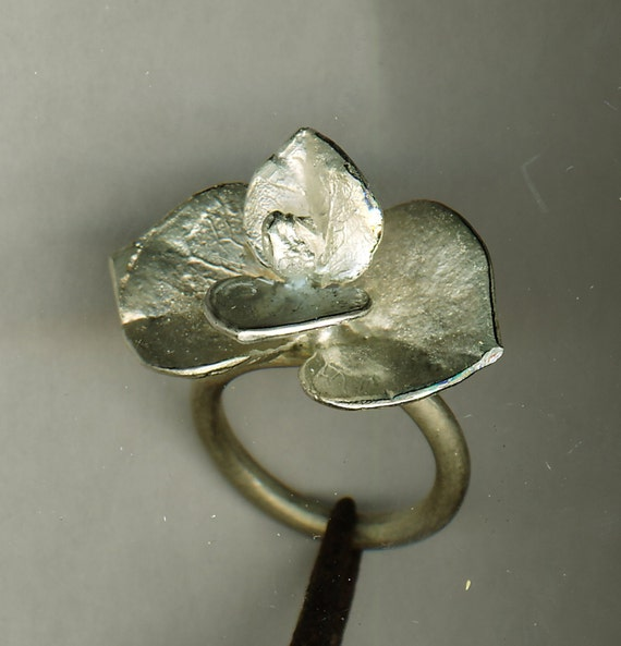 Ring, massively silver 925, petal
