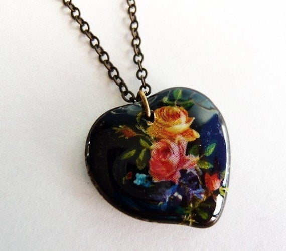 Vintage Black Glass Heart Pendant Necklace by MaruMaru on Etsy from etsy.com