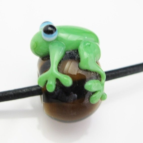 Lampwork bead - Pandora style - Frog - 305100 (20mm by 18mm )