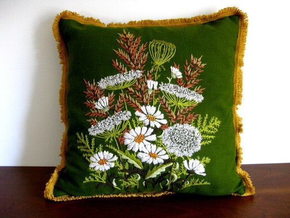 Vintage cottage style pillow