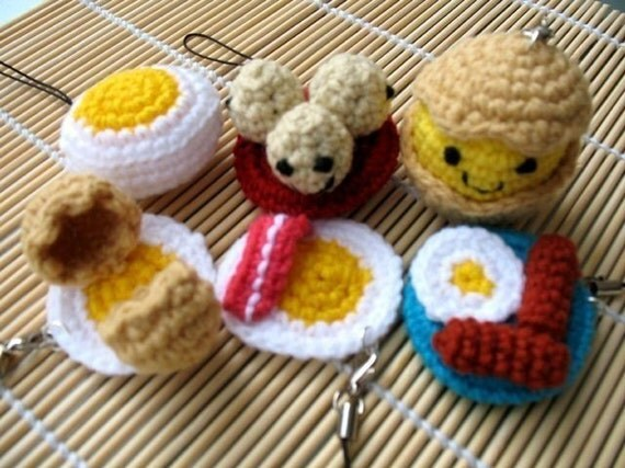 Miniature Crochet Pattern- EGGS- Cell Phone Charm