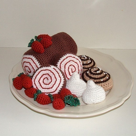PDF Crochet Pattern - Swiss Roll, Cinnamon Bun and Meringue. ( Availble in English and Swedish)