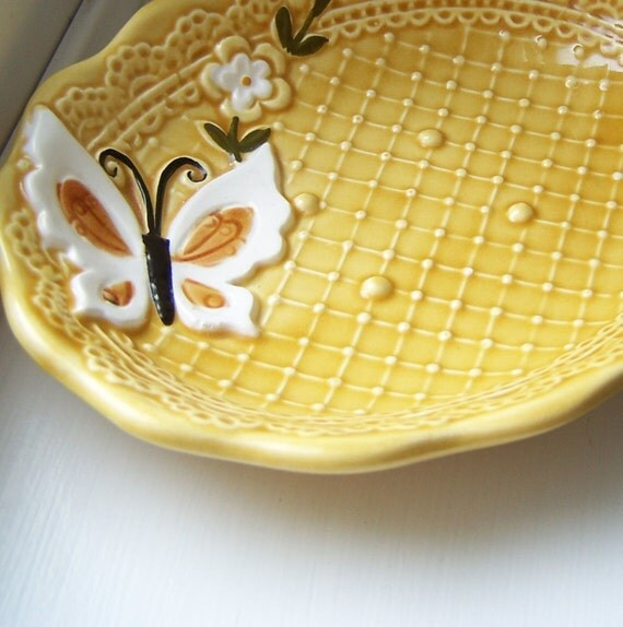 VINTAGE Yellow Ceramic Butterfly Jewelry Dish for Spring