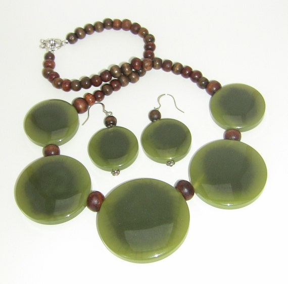 Jade and Wood Bead Bib Necklace and Earring Set
