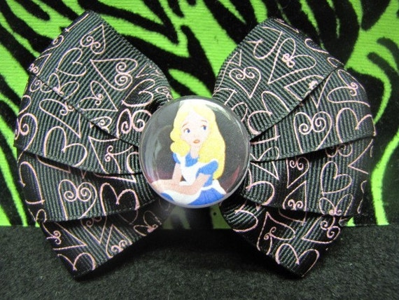 Lost In Wonderland Bow