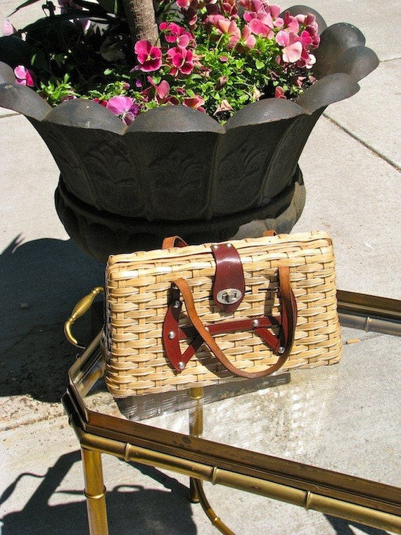 SALE Vintage 1950s Hand Made Picnic Basket Woven Purse