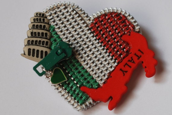 I Heart Italy-Pure White, Green and Red Vintage Zipper Lapel Pin