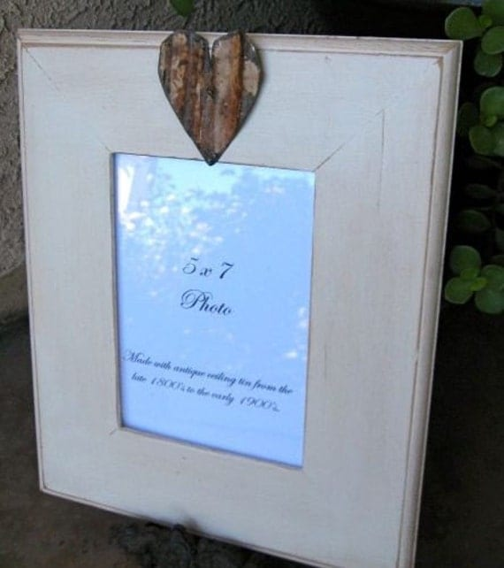 SWEETHEART Vintage White 5x7 Picture Frame with Antique Ceiling Tin Heart