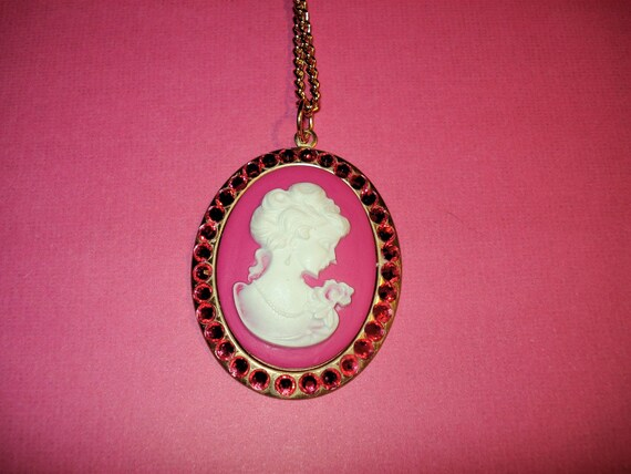 Indian Pink Swarovski Crystal Cameo Necklace