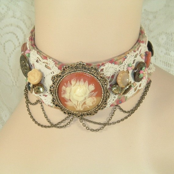 Cameo and Old Lace Vintage Button Choker
