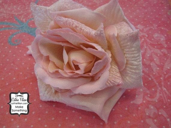 Бархатная Роза-Whisper Pink - Дамских, Измененные Couture, волос Цветы, Шелковый