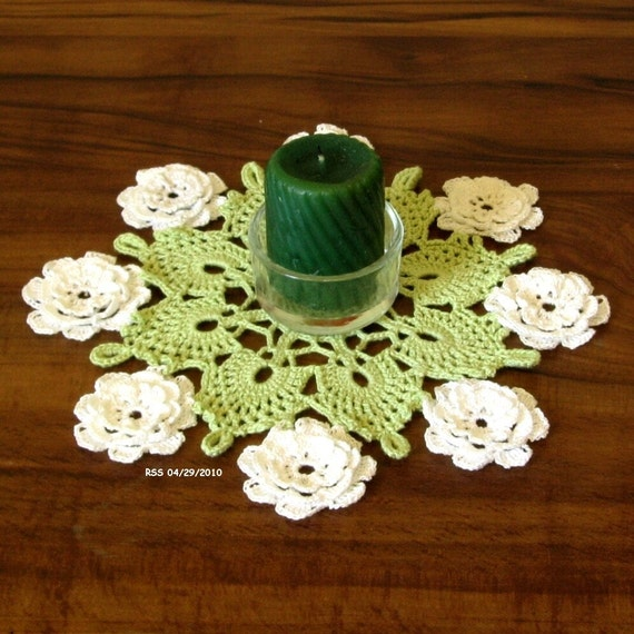 3D White WATER LILY on Green Doily, Fiber Art, Cluny Thread Lace, Crocheted Home Decor