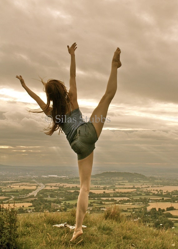 DANCE PHOTOGRAPHY PRINT Crickley Hill Dance 2 6x8