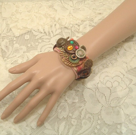 Florentine Brass and Vintage Button Bracelet