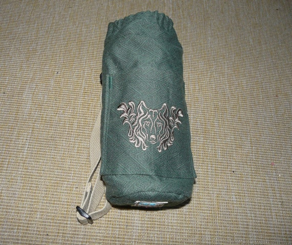 Water Bottle holder- cloth, insulated and embroidered with a dog. From ActiveByAnita