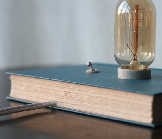 light reading five books repurposed as lights st eutychus. Black Bedroom Furniture Sets. Home Design Ideas