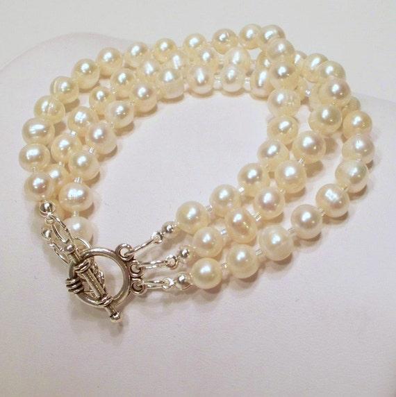 Everyday Pearl Bracelet