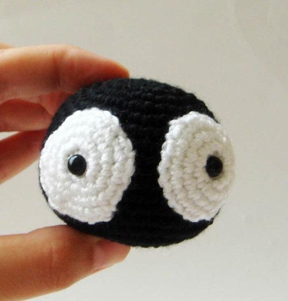 черное чудовище с большими глазами - сажа спрайт