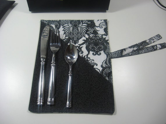 Utensil Cozy - Simply Black and White  DC-10