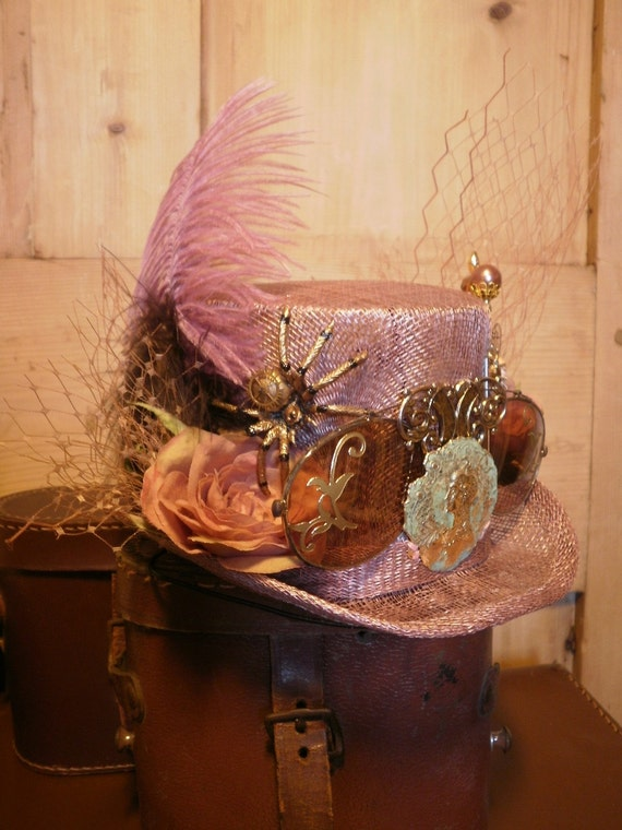 Steampunk Inspired Hat - Fascinator in Tweed with Grouse Claw. OOAK