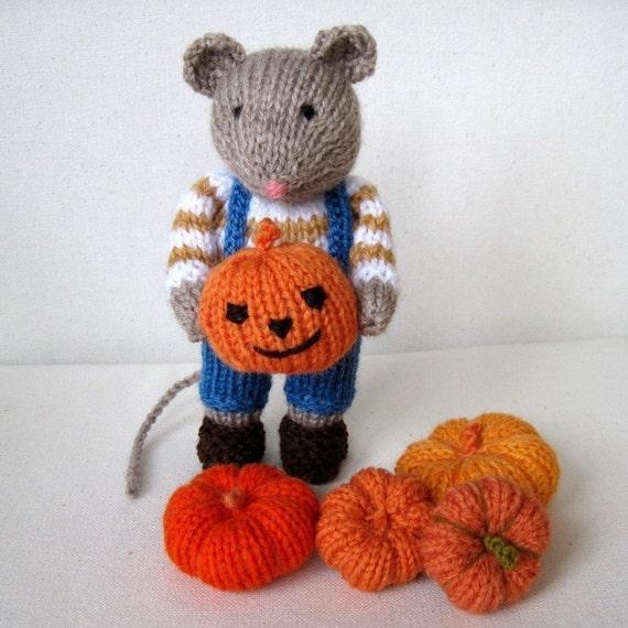 تصویر در تصویر ماوس و کدو تنبل -- عروسک اسباب بازی knitted -- پی دی اف ایمیل بافندگی الگوی