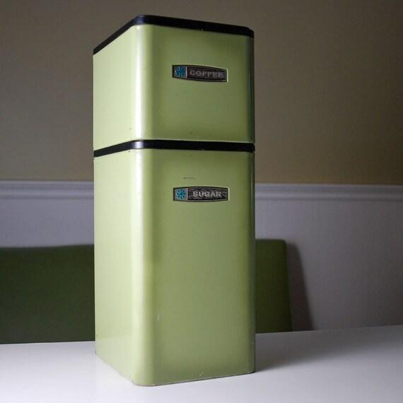 Vintage Kitchen Canister set - Retro avocado green - set of two - Masterware - metal