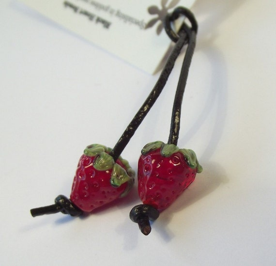 This pair of mini strawberry beads look almost edible. They are the perfect size for using on earrings.