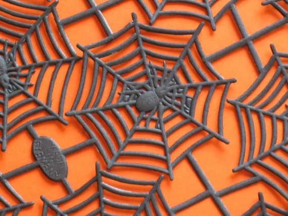 ICING ON THE CAKE SUPPLY german dresden halloween spider webs in black
