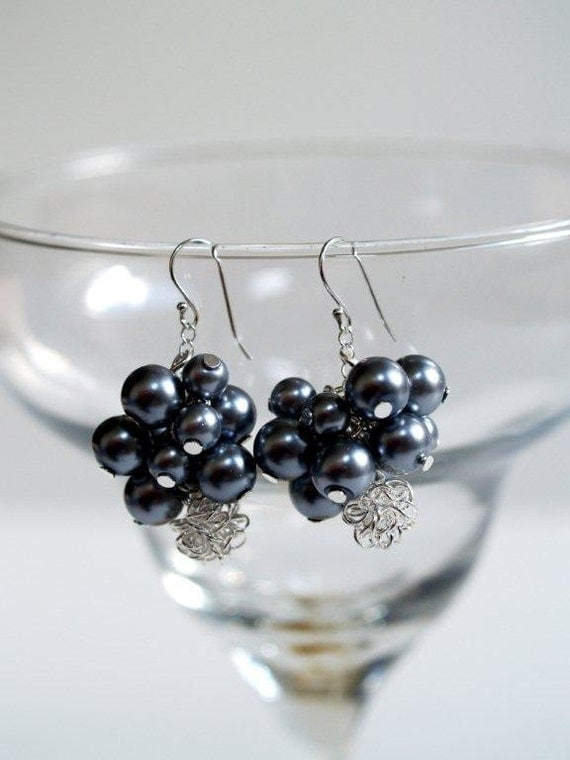 Gray Pearl Cluster Earrings