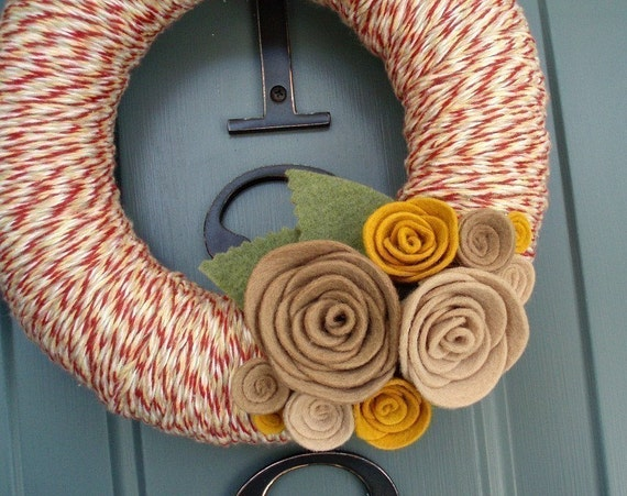 Yarn Wreath Felt Handmade Door Decoration - Tan and Red 8in