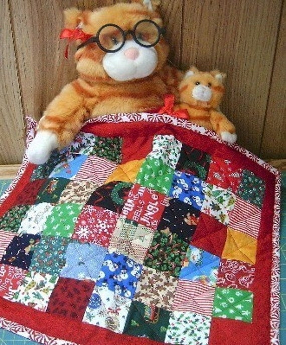 Christmas DOLL QUILT - Tiny Mini Patchwork Quilt - Christmas Fabrics - Christmas Table Topper Quilt